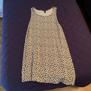 Daisy print a-line dress, NWOT